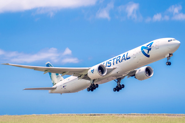 Boeing 777 300 er air austral plan cabine visite en for Interieur boeing 777